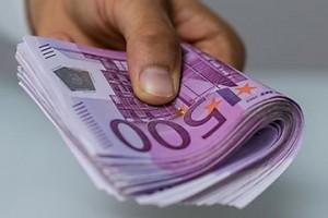 Leihen Sie sich in wenigen Minuten Geld auf Ihrem Konto aus