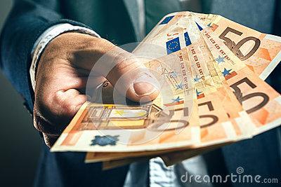 Hilfe und Geldfinanzierung  chantal.norin@hotmail.com